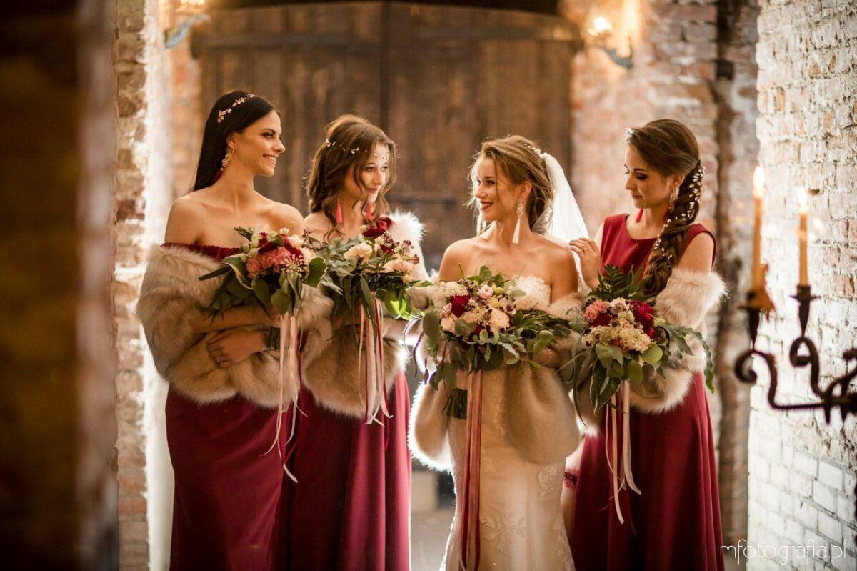 """Ślub z """"Bridesmaids"""" w Pałacu Lasotów – przygotowania Panny Młodej wraz z kilkoma druhnami"""