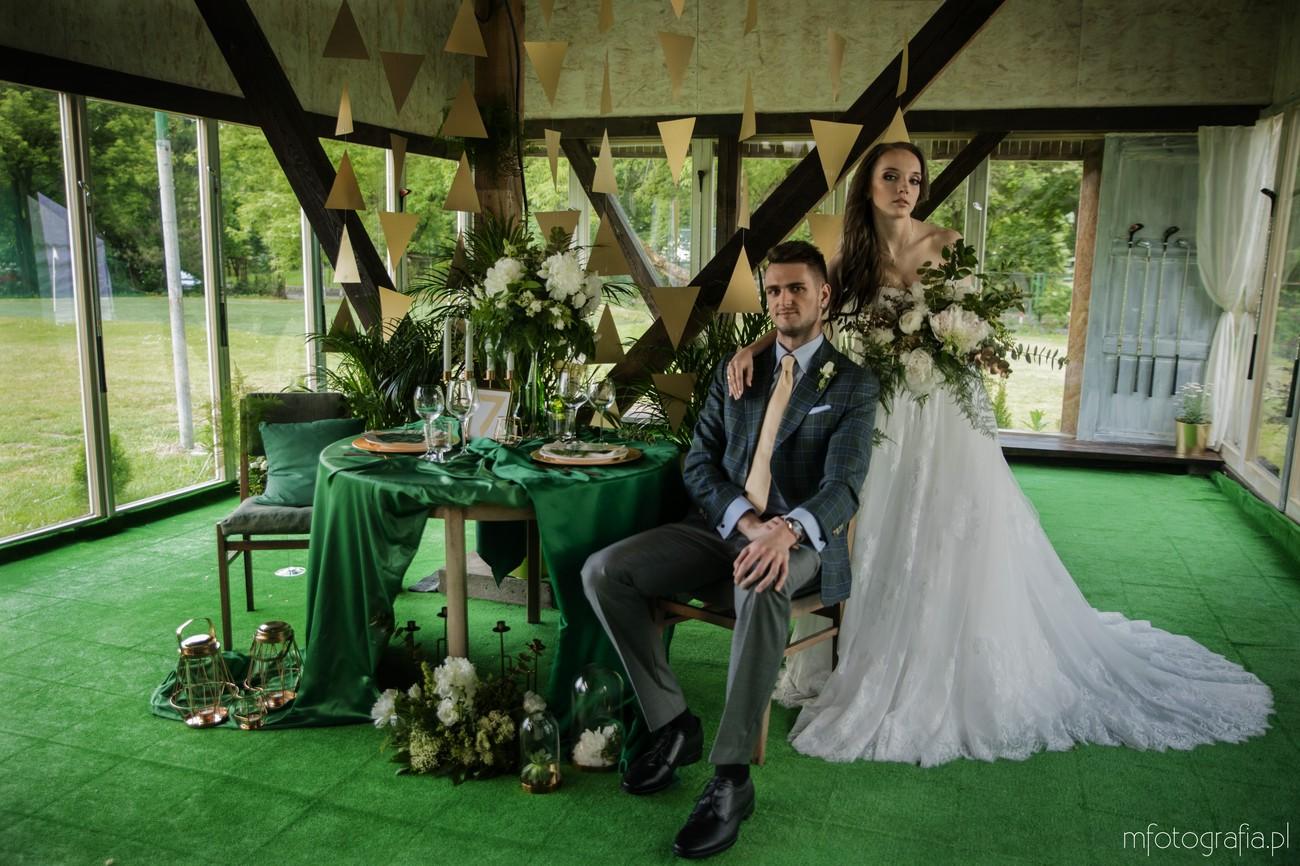 stylizacja ślubu na kolor zielony
