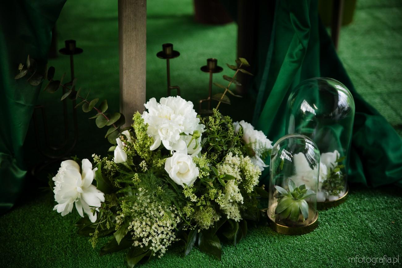 zielone kwiaty ślub