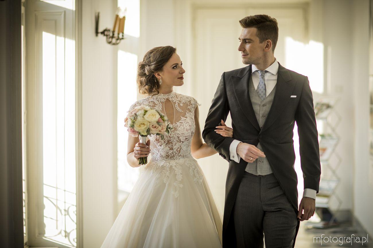 romantyczna sesja ślubna na foksalu z Parą Młodą