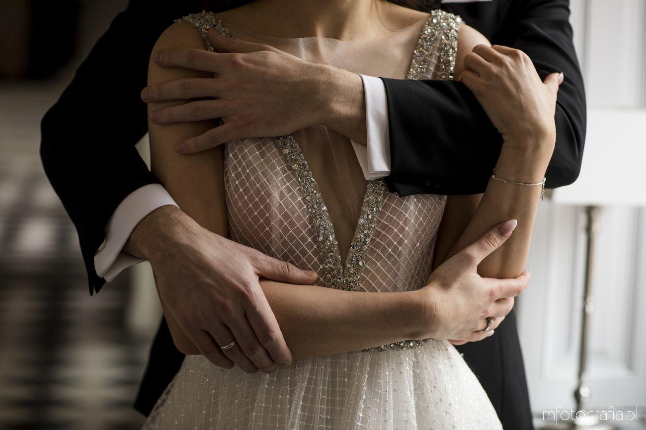 ślub w stylu glamour w pałacowych wnętrzach Endorfiny