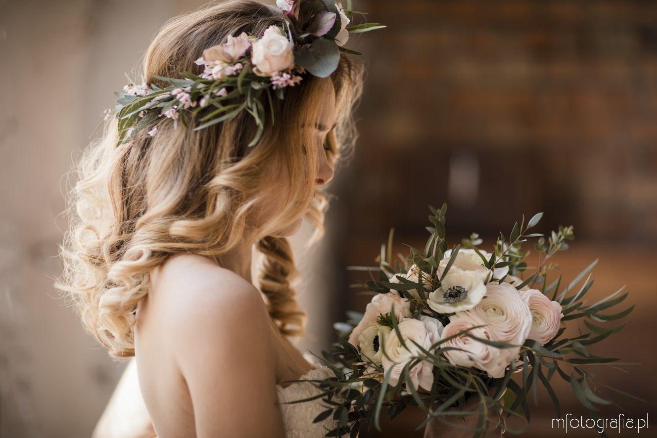Wianek w stylizacji ślubnej